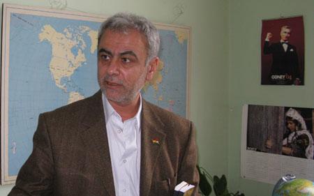 """Interview Derwich M. Ferho: """"Hoe voelt de Koerdische gemeenschap zich bij het IS-conflict?"""""""