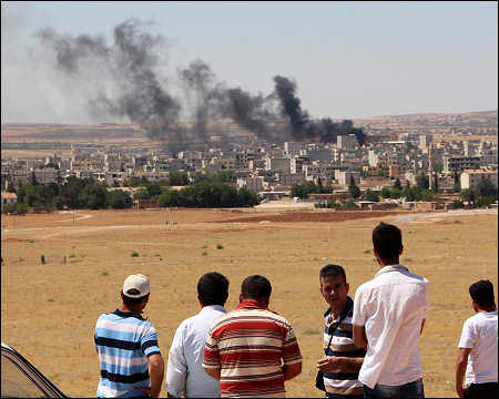 Islamic State attacks Kobani in Syrian Kurdistan, June 25, 2015. Photo: AFP