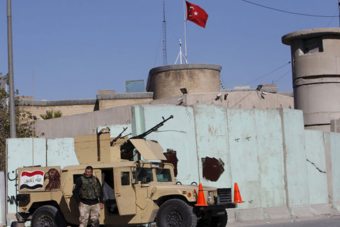 Filkins-What-are-Turkish-Troops-Doing-Northern-Iraq-690x460-1449691763