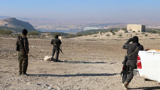 Syrisch-Koerdische strijders (Foto Reuters)