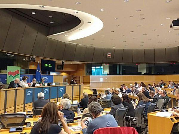 Het Europees Parlement stopt de onderhandelingen met Turkije.