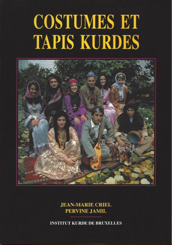 Costumes et tapis Kurdes
